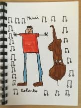 Roberto entouré de notes de musique !
